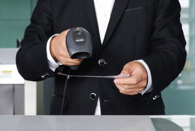 中几政府互免持外交、公务护照人员签证